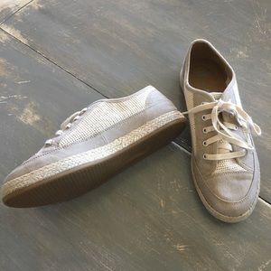 CLARKS SOFT CUSHION tennis shoes